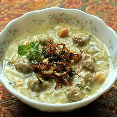 طرز تهیه آش ماست شیرازی با تمام نکات
