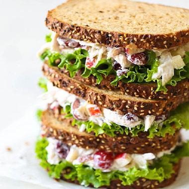 طرز تهیه ساندویچ بوقلمون خوشمزه خانگی