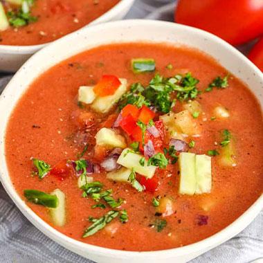 طرز تهیه گازپاچو؛ سوپ سرد اسپانیایی برای روزهای گرم تابستان