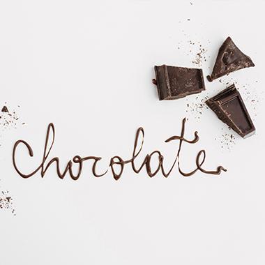 طرز تهیه شکلات تلخ خانگی
