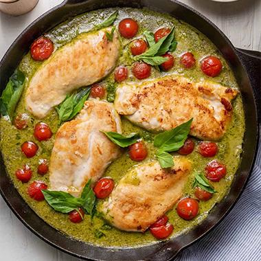 طرز تهیه خوراک مرغ با سس پستو