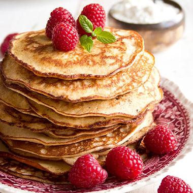 طرز تهیه پنکیک بدون آرد: یک انتخاب خوشمزه برای صبحانه کتوژنیک