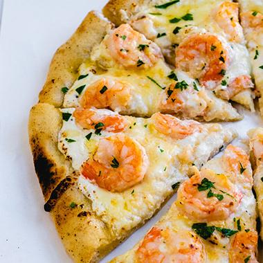 طرز تهیه پیتزا میگو خوشمزه و آسان