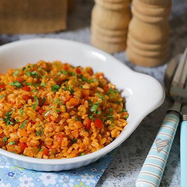 طرز تهیه بلغور پلو ترکیه ای با سبزیجات (پیلاو بلغور و سبزیجات)