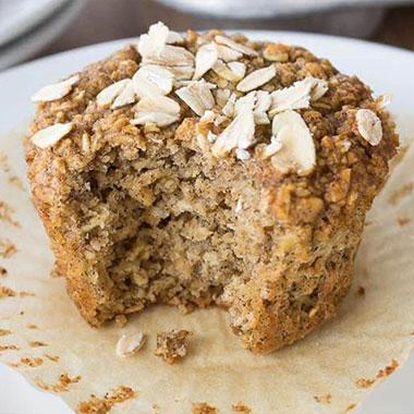 طرز تهیه کیک رژیمی بدون روغن و شکر و آرد
