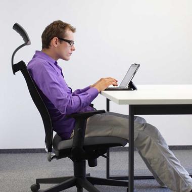 پنج تمرین برای کاهش قوز کمر ناشی از نشستن زیاد
