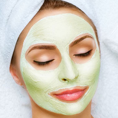 خاصیت شگفتانگیز ماسکهای آووکادو برای انواع پوست