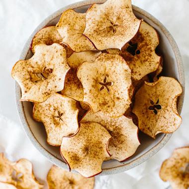 طرز تهیه برگه سیب دارچینی