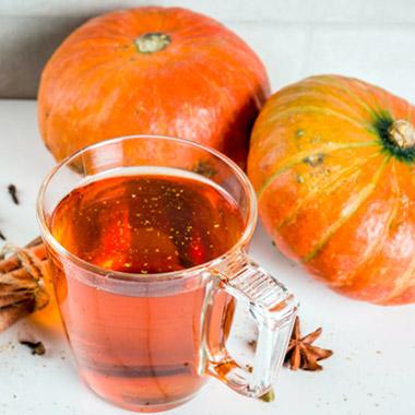 طرز تهیه نوشیدنی گرم با عسل و دارچین
