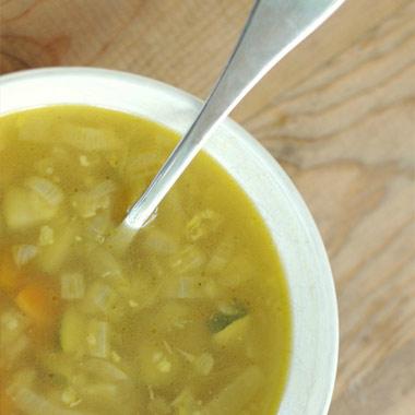 طرز تهیه سوپ مقوی برای سرماخوردگی