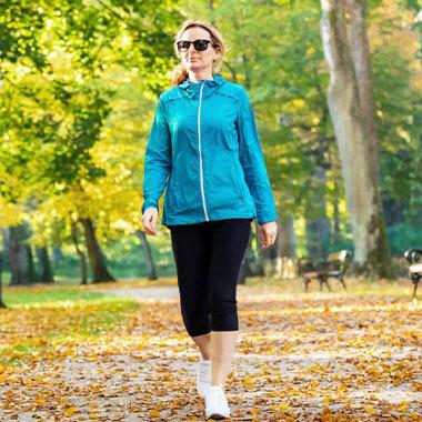 همه چیز درباره ورزش پیادهروی؛ مزایا، آموزش و کفش مناسب