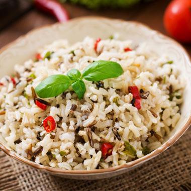 طرز تهیه سالاد برنج و سبزیجات