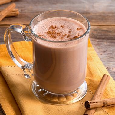 طرز تهیه شکلات داغ خامهای