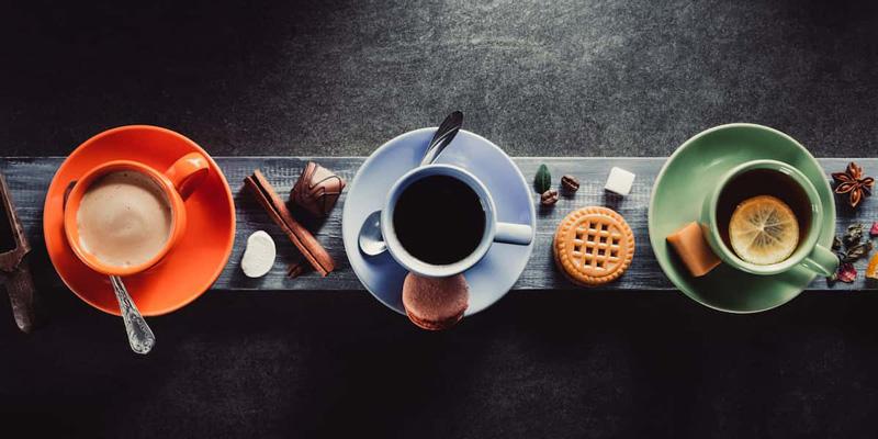 صبحها چه بنوشیم؟ چای یا قهوه
