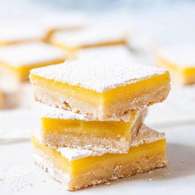 طرز تهیه دسر بار لیمویی، یک شیرینی لطیف از دل تابستان