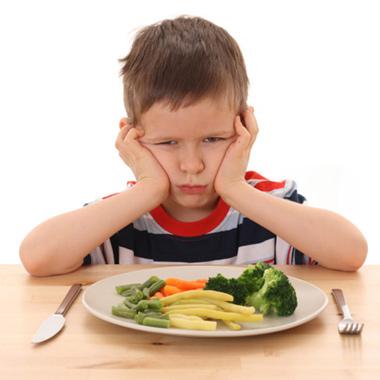 با کودک بدغذا چه کنیم؟