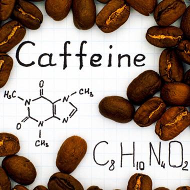 منابع کافئین + راهنمای مصرف کافئین برای کودکان و بزرگسالان