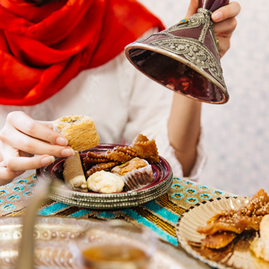 طرز تهیه ۱۰ شیرینی و دسر برای افطار ماه رمضان