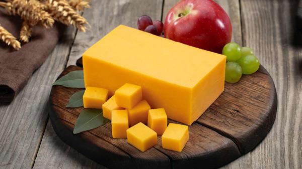 سرو پنیر چدار