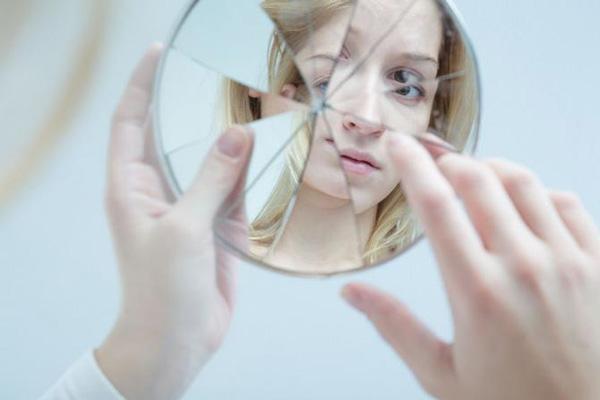 عوامل بروز اختلال دو قطبی