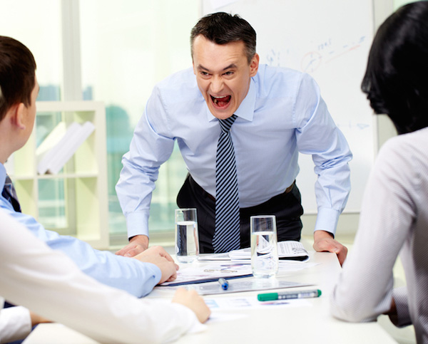 مدیر عصبانی