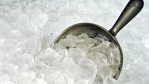 چیپس یخ یا بستنی یخی