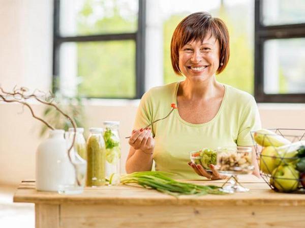 مواد غذایی مفید در عادت ماهانه