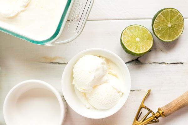 طرز تهیه بستنی خانگی لیمویی