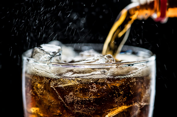 نوشیدنی هایی که منجر به کم آبی بدن می شود