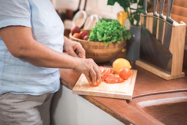 اصول تغذیه سالم سالمندان