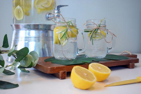 آب لیمو ترش