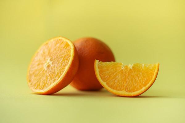 شفافیت و درخشش پوست با ویتامین ث