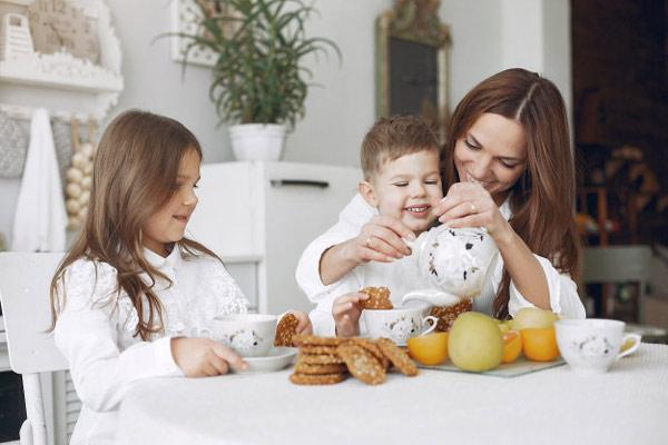 اهمیت صبحانه سالم و مقوی برای کودکان
