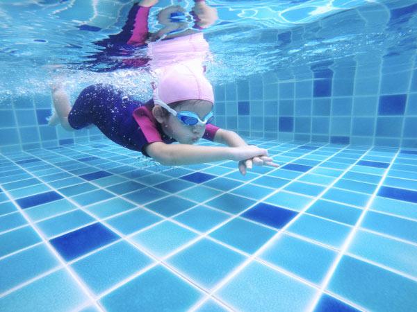 شنای کودکان