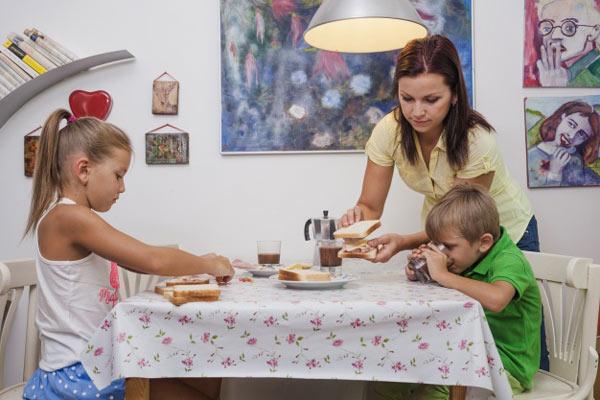 مواد غذایی ضروری دررژيم غذایی سالم برای کودکان لاغر
