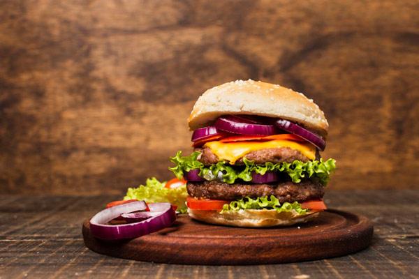 چه غذاهایی غلظت خون را تشدید میکند