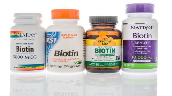 انواع مکمل دارویی برای ریزش مو