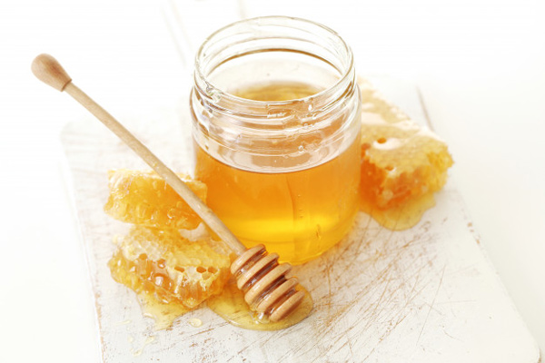 قند طبیعی عسل