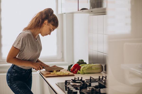 تأثیر خوردن شام بر روی لاغری
