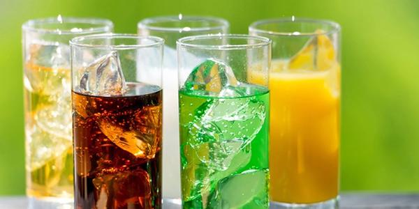 نوشیدنیهای شیرین شده و مواد قندی در رژیم غذایی دش