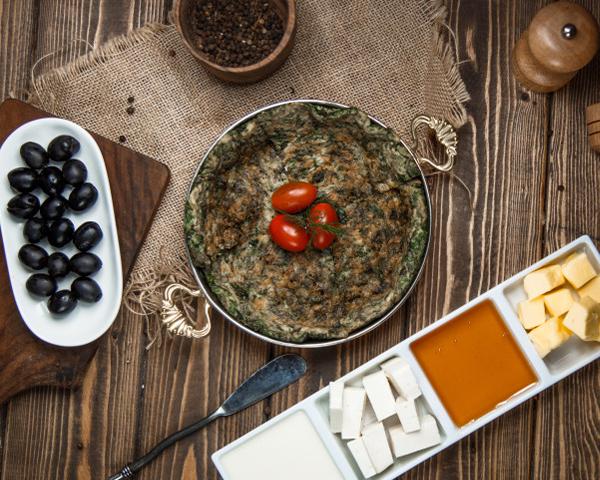 طرز تهیه کوکو سبزی در فر