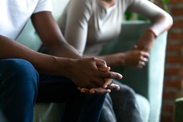 آیا علایم HIV در مردان و زنان متفاوت است