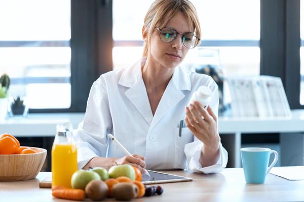مصرف مولتی ویتامین و چاقی
