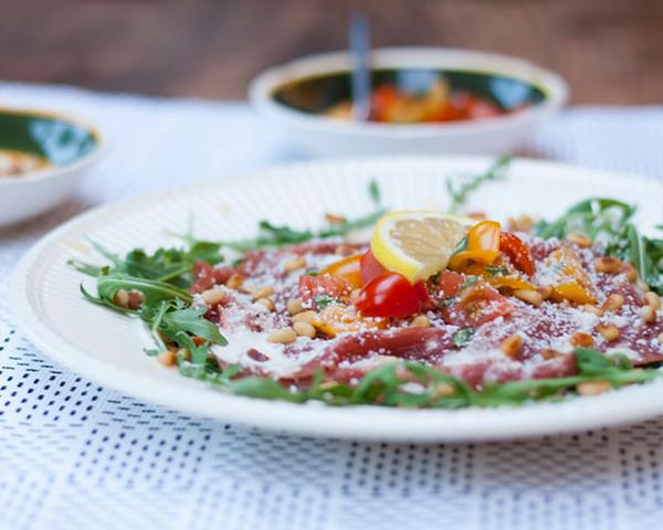 طرز تهیه سالاد عدس و گوجه فرنگی