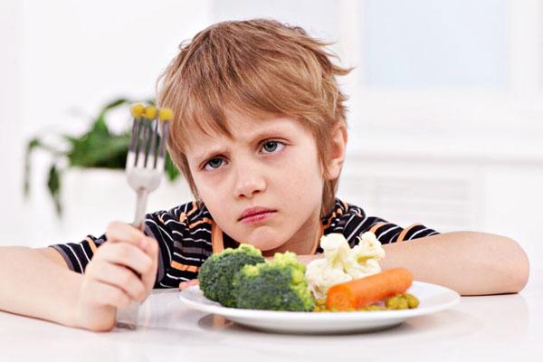 عوارض مصرف سبزیحات خام