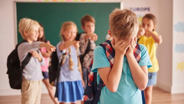 دلایل کمبود اعتماد به نفس در کودکان