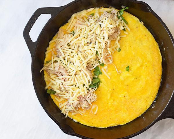 طرز تهیه املت مرغ و پنیر