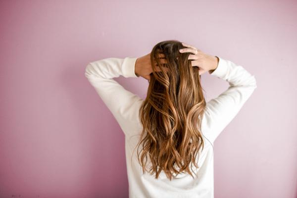 خواص وازلین برای مو چیست