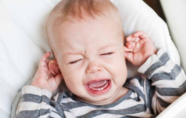 عفونت گوش میانی در کودکان