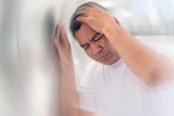 عفونت گوش میانی در بزرگسالان و سرگیجه